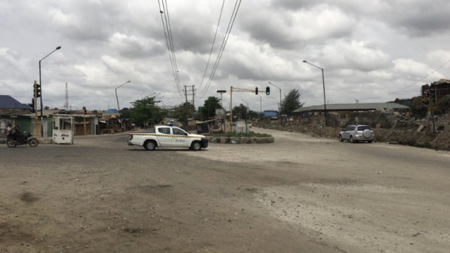 Police abandon streets of Lagos, as hoodlums extort road users