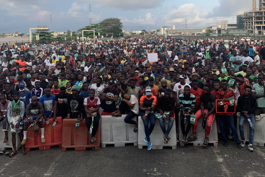 Two groups clash on twitter over re-opening of Lekki tollgate