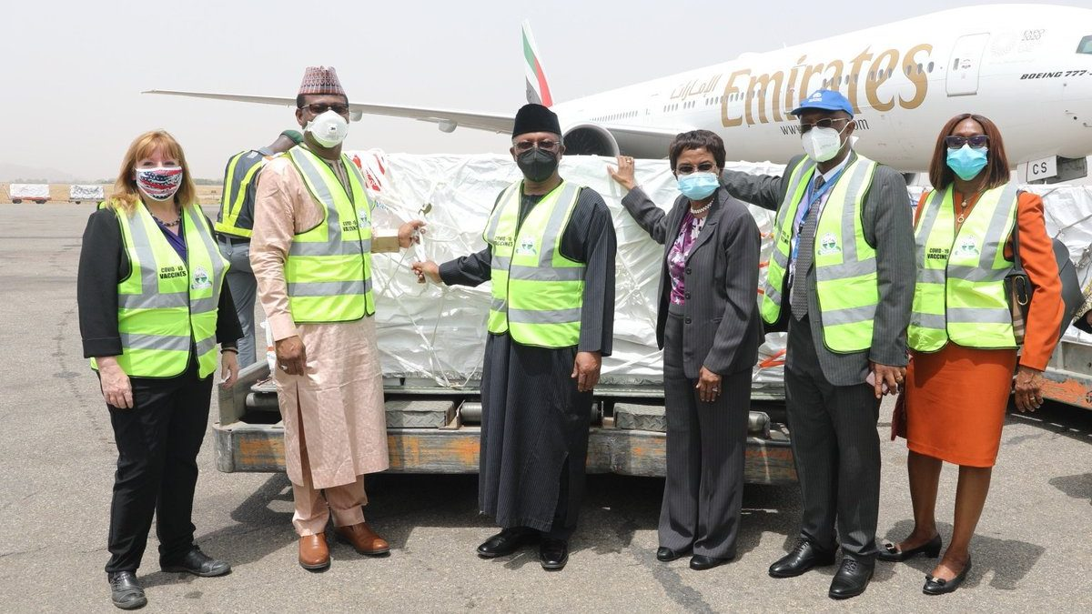 Buhari, Osinbajo first to receives COVID-19 Vaccine on Saturday