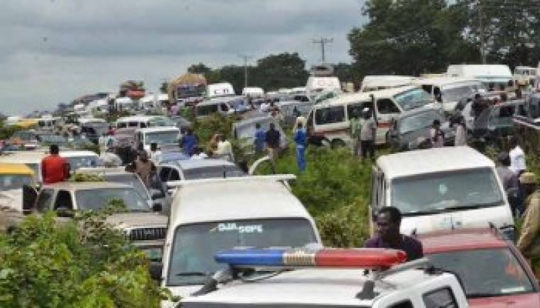 Tanker drivers block Benin-Ore highway over killing of colleague by herdsmen