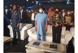 Grammy Award Winner, Burna Boy stand tall during visit to Port Harcourt