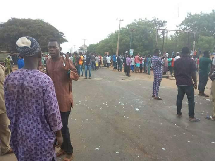 NURTW and RTEAN battle in Kwara, Governor impose Curfew