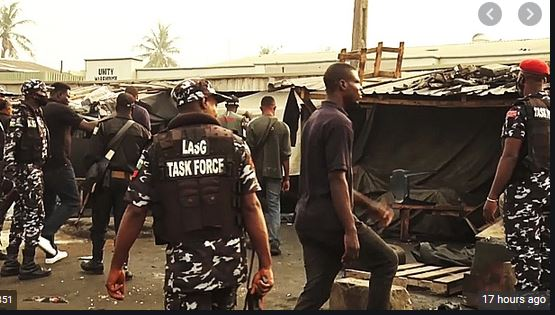 Lagos begins Oshodi Apapa Road clean-up, shops, containers demolish