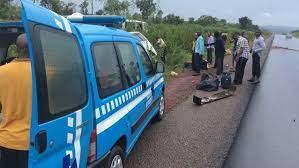 Nine wedding guest dies in an auto crash