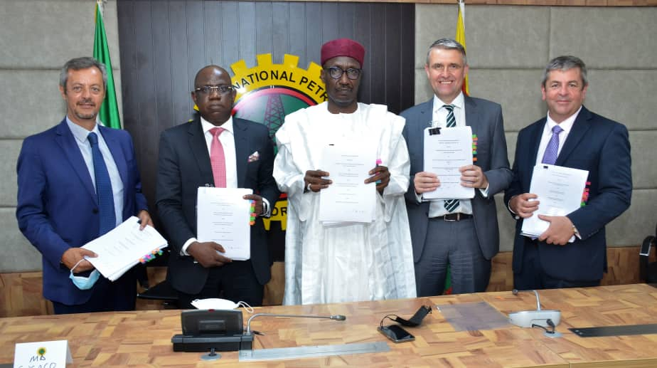 NNPC, SNEPCo, Others Sign Multibillion Dollar Deep-Water Agreement