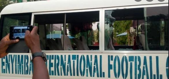 Enraged fans injured Enyimba players, officials, after clash with Plateau United
